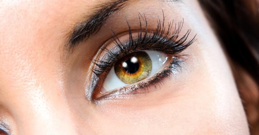 thick-eyelashes
