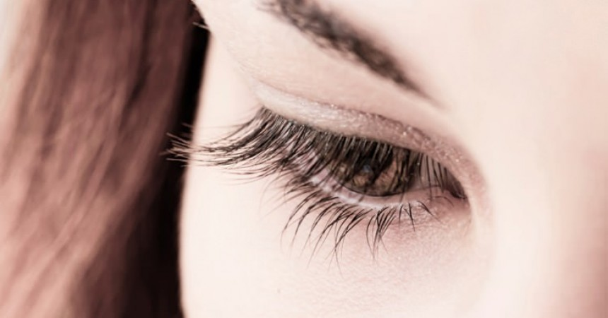 eyelash-growth